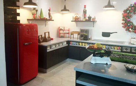 Холодильники Smeg поселились в футбольном отеле Манчестер Юнайтед