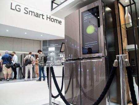 Холодильник LG с ОС Windows 10