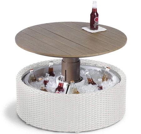 Homeless Frontgate предлагает кофейный столик с кулером