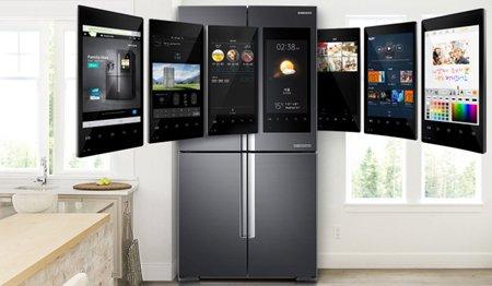 Помощник Bixby в холодильнике Samsung Family Hub