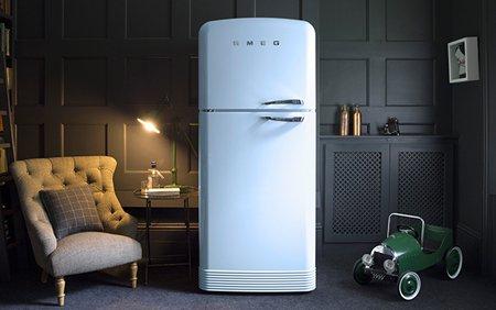 Обновлённый двухкамерный холодильник SMEG FAB50