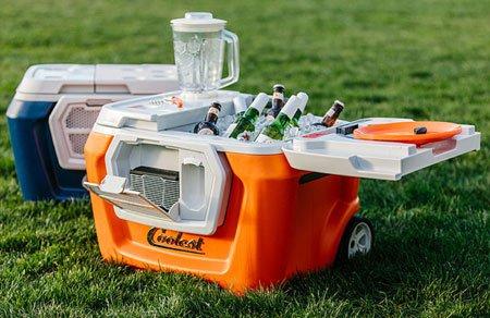 Coolest Cooler: для охлаждения и развлечений