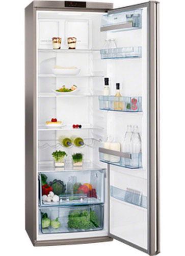 однокамерный холодильник AEG S54000KMX0