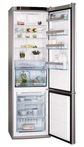 двухкамерный холодильник AEG S83600CMM0