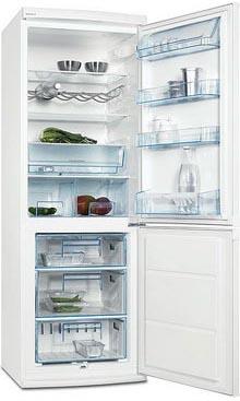 двухкамерный холодильник Electrolux ERB 34233 W