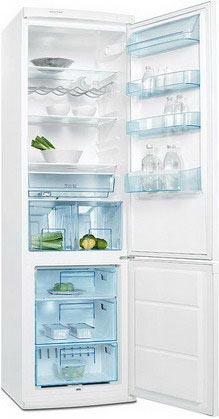 двухкамерный холодильник Electrolux ERB 40233 W