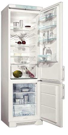двухкамерный холодильник Electrolux ERB 4024