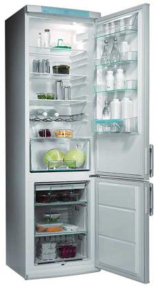 двухкамерный холодильник Electrolux ERB 9043