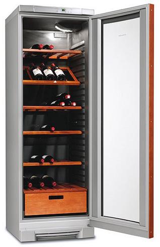 винный шкаф Electrolux ERC38810WS