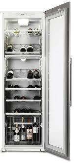 винный шкаф Electrolux ERW33900X
