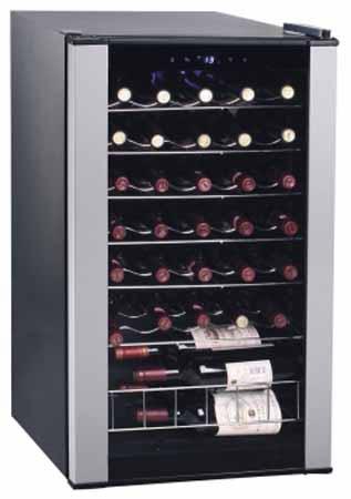 винный шкаф Clatronic CLS33A