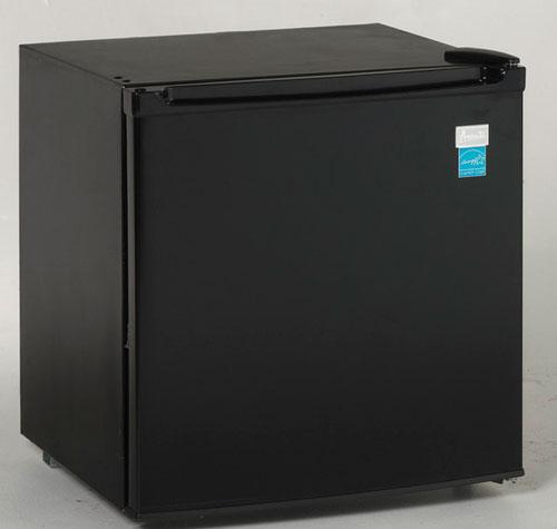 однокамерный холодильник Avanti AR1754B