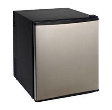 однокамерный холодильник Avanti SHP1702SS