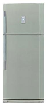 двухкамерный холодильник Sharp SJ-P642NGR